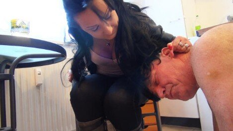 Femdom-Berlin.com - Member Update - Lady Luciana - The Inflated Little Dick