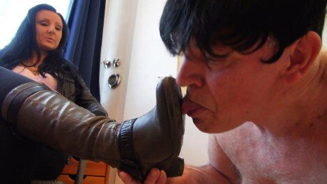 Femdom-Berlin.com - Member Update -Lady Luciana - The Inflated Little Dick
